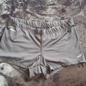 LIKE NEW NIKE shorts